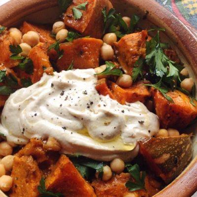 Spiced pumpkin chickpeas with tahini yoghurt