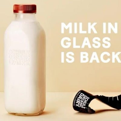 Milk_in_glass_is_back_SCHULZ